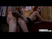Видео секс с стройной гимнасткой в спортзале брюнетка