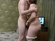 Девушка трахается с другом на глазах своего парня