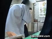 診察に来た可愛い女子校生がムラムラした医者に襲われて処女を奪われる!