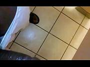 Видео муж с другом напоили зрелую жену и трахнули спящую в трусиках