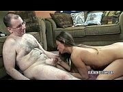 Дочь пришла вечером к отцу порно