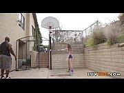 девушка разделась в клубе конкурсы в клубе видео