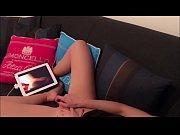 Видео с полным обнажением девушки