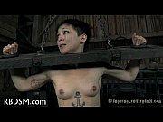 Порно видео девушку связали и издевались над ее дырочками в подвале