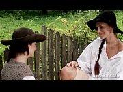 Видео женщина возбуждается на массаже ее ебут и она обильно кончает