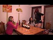 Видео лесбиянок мамочек с волосатыми пськами
