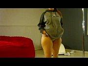 Красивая девушка мастурбирует свое красивое влагалище видео