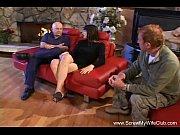 Два доктора в кресле зафигачивают одну телочку по всякому порно видео