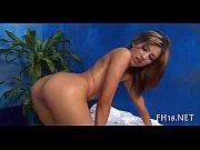 Зрелые голые девушки с большими сиськами на улице видео