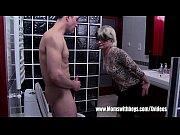Порно блондинки сосут член и глотают сперму
