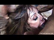 Порно куколд вылизывает сперму из влагалища