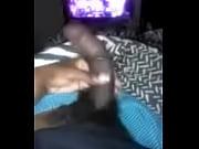 Девушка заставляет парня делать ей куни видео