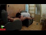 Порно видео муж жене зделал сюрприз мужчину падарил