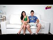 Женский принудительный футфетиш видео