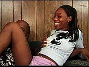 Порно видео секс в троём на вечеринке