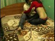 Порно с женой возле дороги