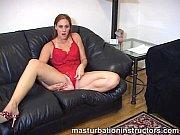 Порно видео издеваются над дырками