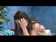 лесби лижет пизду писает видео
