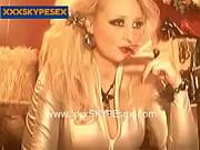 В чулках в мини юбках секс видео