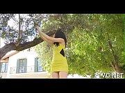 Видео как голая девушка занимается сексом толстая с большими сиська