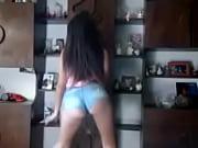 Видео как в итали трансвеститы издеваются ловят трахают мужиков