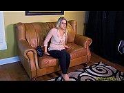 Порно ролики огромными клиторами и пездами