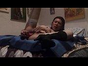 Видео как девушка и парень занимаются любовью в ванной