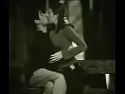 Порно фильмы с лаурой синклер