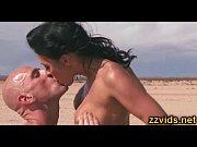 Смотреть порно муж ебет жену с другом реальное домашнее видео