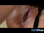 Порно видео на кровати с упругой попкой