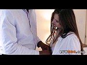 Порно видео с красоткой мачехой
