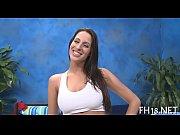 Целочка попа девушки принимает первое анальное крещение видео