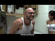 Порно ролики позирование гимнастки