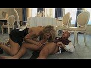 Порно девка соблазнила чужого парня