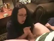 Жесткое порно два парня ебут одну девушку