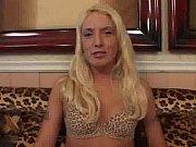 Француженка с волосатой киской в ретро порно отдалась кредитору супруга