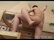 Госпожа заставила раба делать массаж ног