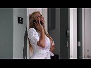Порно видео сынзаставил мать ебаться с ним
