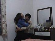 Смотреть порно онлайн брат разбил цэлку младшей сестре