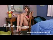 Порно молодая дочка и мама лесби видео