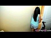 Один парень и много девушек занимаются сексом видео смотреть