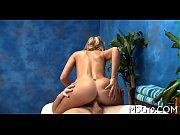 Голая девка с большими сисяндрами видео