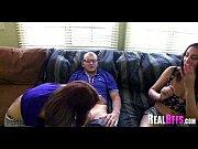 Красноволосая девушка на съёмной квартире порно