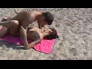 порно скрытая съемка в пляжной видео