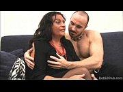 Секс на масаже порно смотреть онлайн когда влазит вся рука