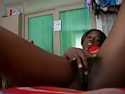 Секс студентки рвет болшие хуем видео