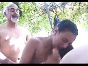 Смотреть порно онлайн 2 парня трахают зрелую бабу