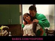 Реальное видео как девушка дала полизать парню пизду и ноги