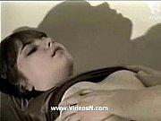 Извращенец мастурбирует девушка смотрит