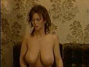 Смотреть порно видео подглядки ночной клуб россия в туалете